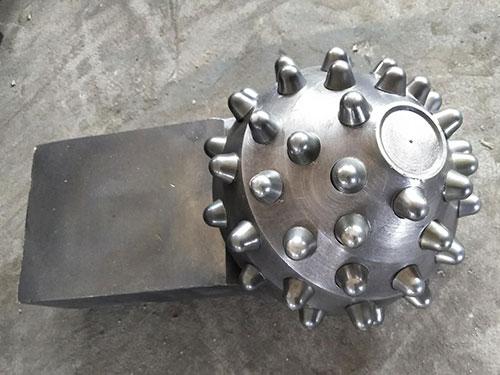 牙輪(lun)鑽頭